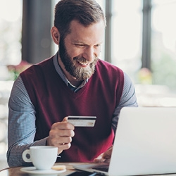 picture of a man shopping online